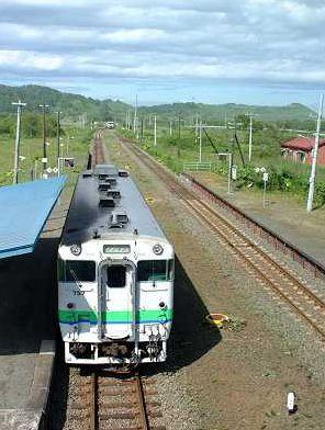 夏は電車で旅行